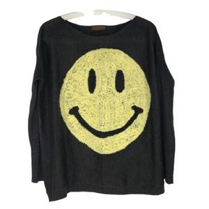 Sweaters - Boutique Smiley face fine knit top